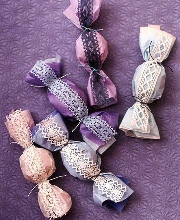 Lace ribbon candy wrap favors: Beautiful DIY Ideas