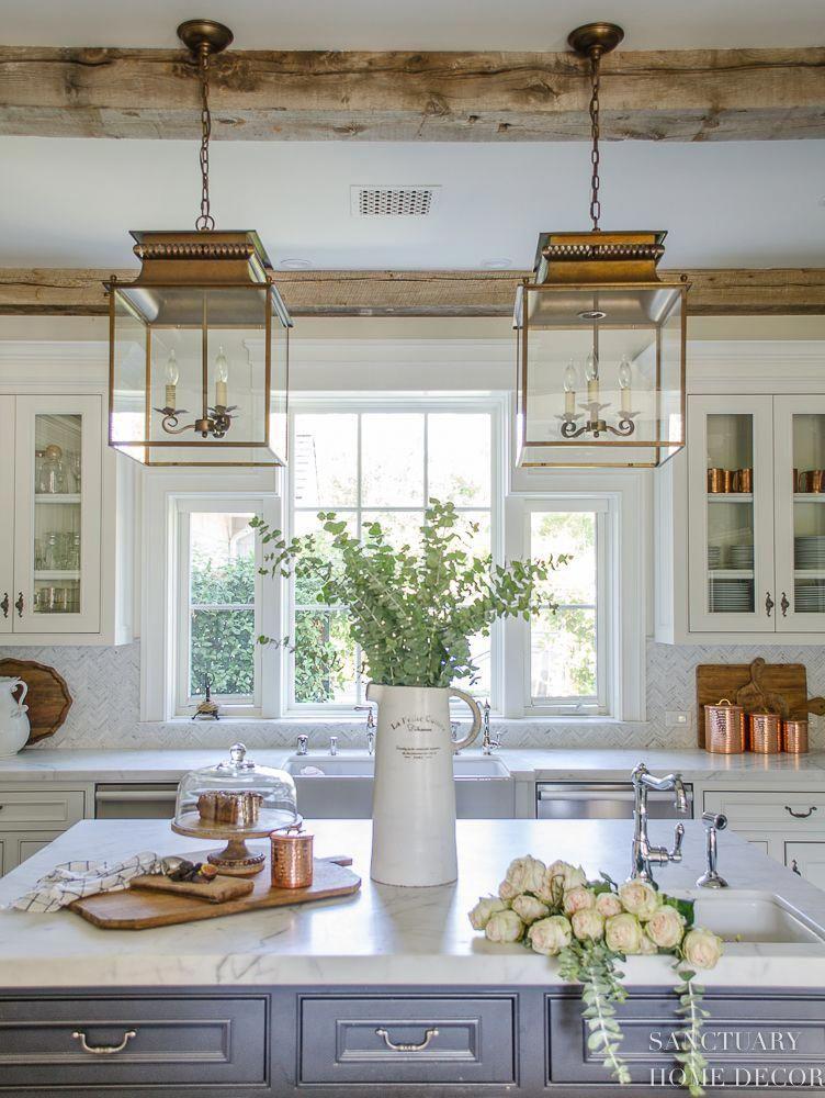 Farmhouse Kitchen With Fall Decor Center Island Design