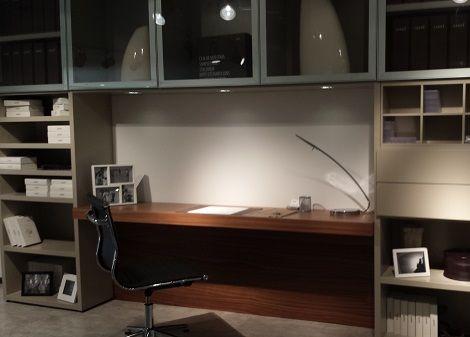 Bureau op maat gemaakt werkblad vormen kleur kersen hoogglans of