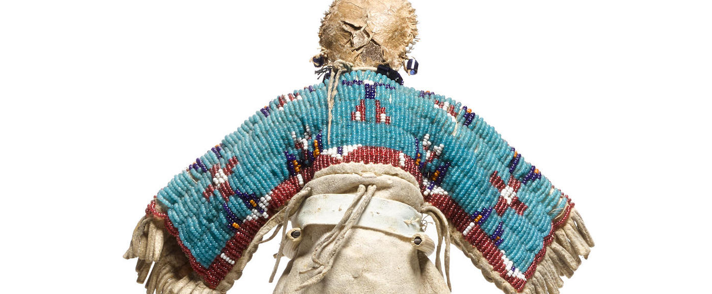 Lakota doll, back detail Native american dolls, American