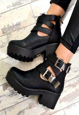7a6d789bf198 RAEGAN Chunky Heel Biker Style Chelsea Ankle Boots Black