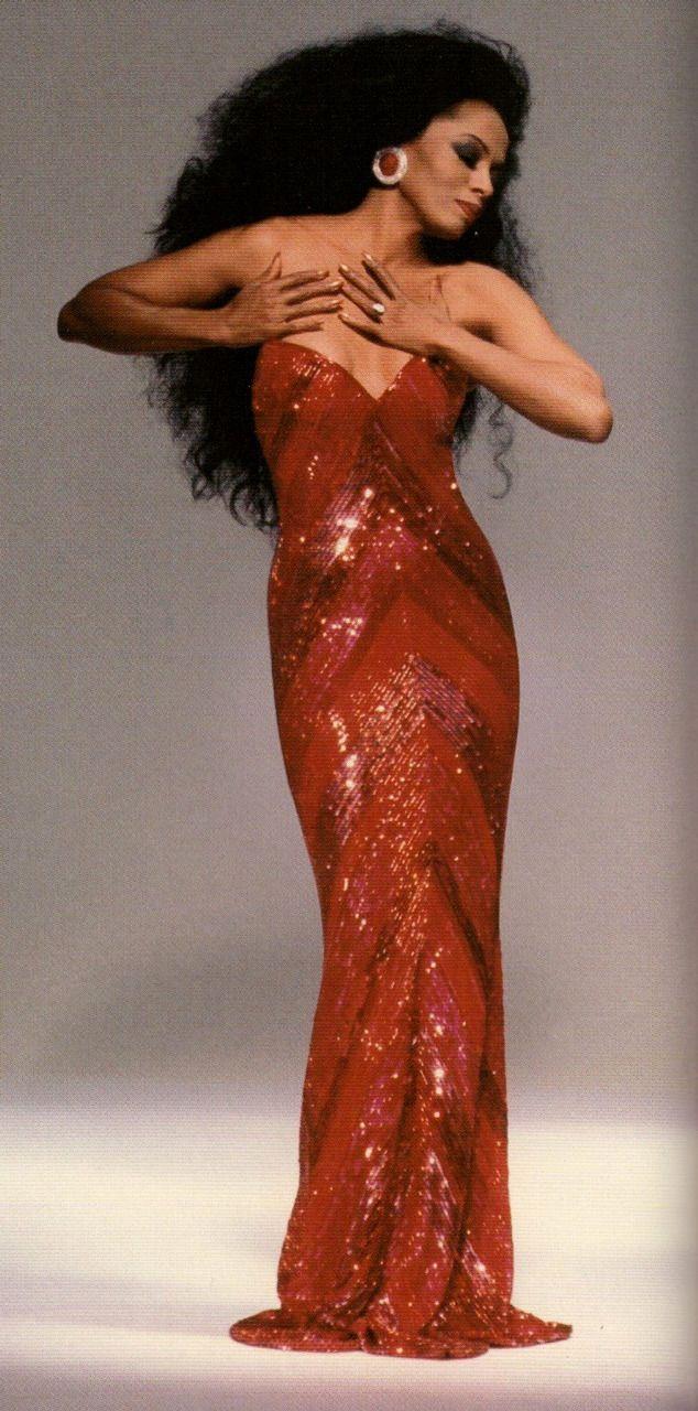 Diana Ross in Bob Mackie www.dianaross.de/html/biography.html