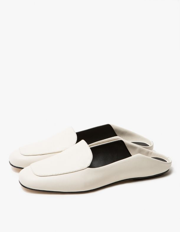 38dbb9c8a65 Ivory loafer shoes in leather.