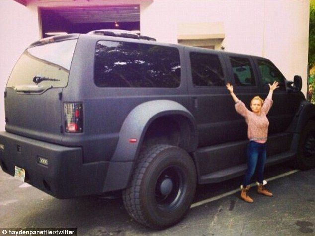 Hayden Panettiere posted a picture of her standing next to a giant SUV #cars