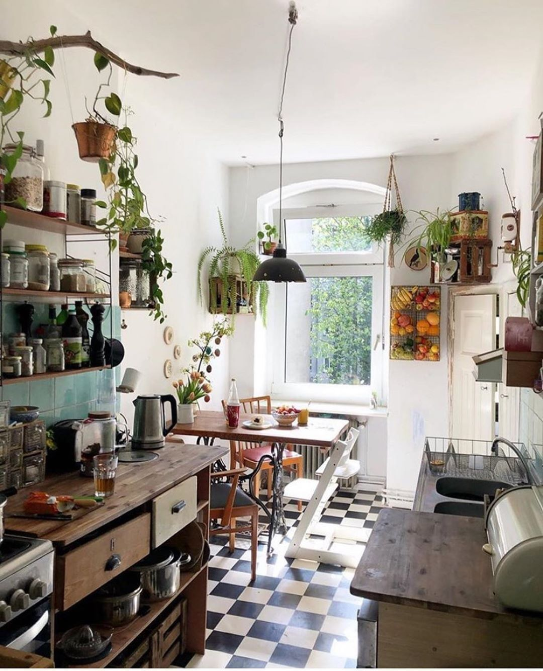 """Home Deco on Instagram """"Lovely, lively, cozy kitchen 🌿 ↠ Follow ..."""