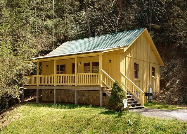 Creekside Tranquility #365 | 1 Bedroom Cabins | Pigeon Forge Cabins |  Gatlinburg Cabins