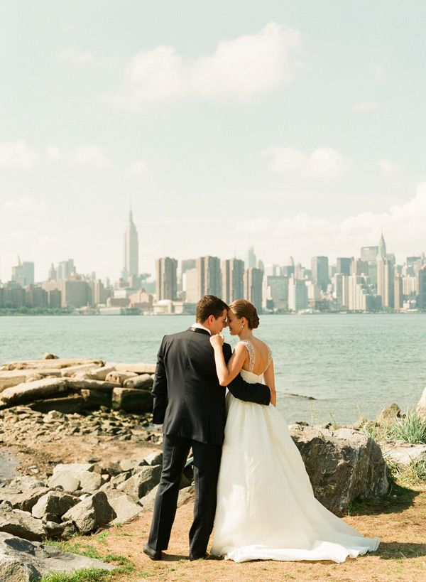 An Eclectic Brooklyn Wedding at My Moon – Brooklyn Wedding Photographer