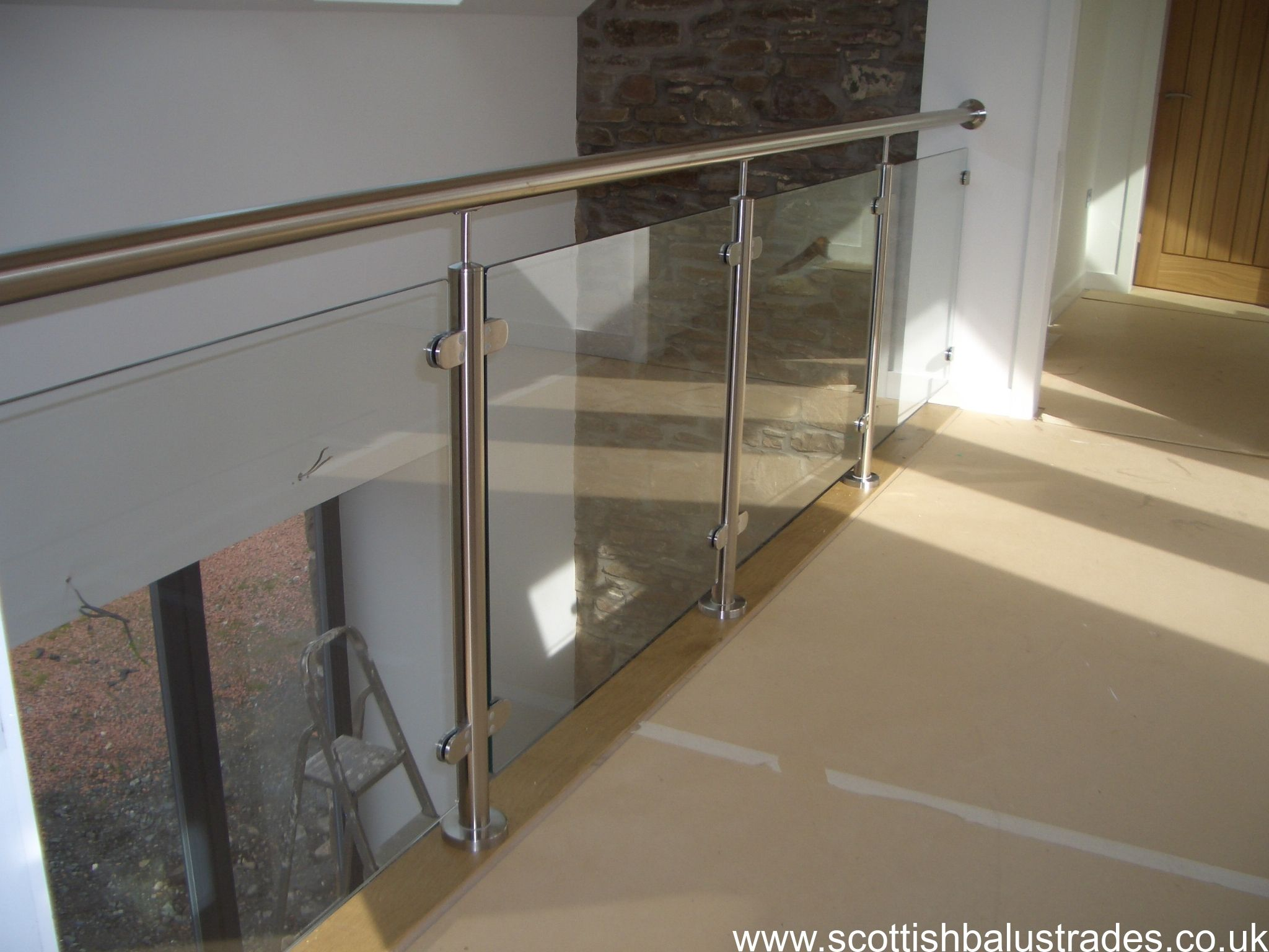 Best Internal Stainless Steel And Glass Balustrade For 400 x 300