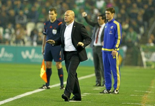 LaLiga: Pepe Mel, nuevo entrenador del Deportivo | EL MUNDO http://www.elmundo.es/deportes/futbol/2017/02/27/58b488d3e2704e2d6f8b45e7.html
