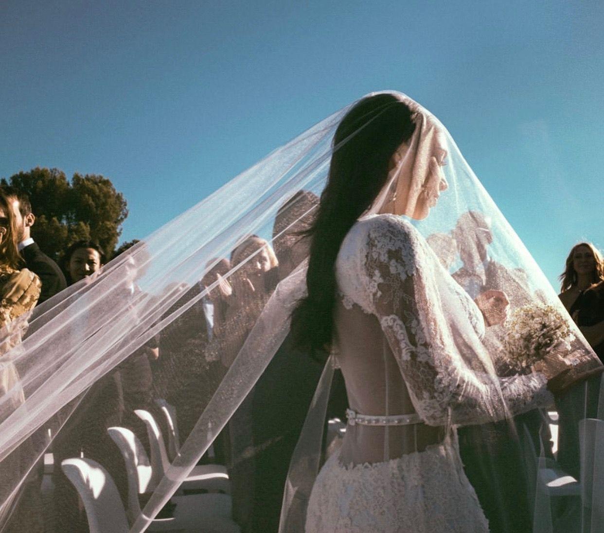 Kim Kardashian Instagram Kanye West Wedding Kim Kardashian Wedding Kardashian Wedding