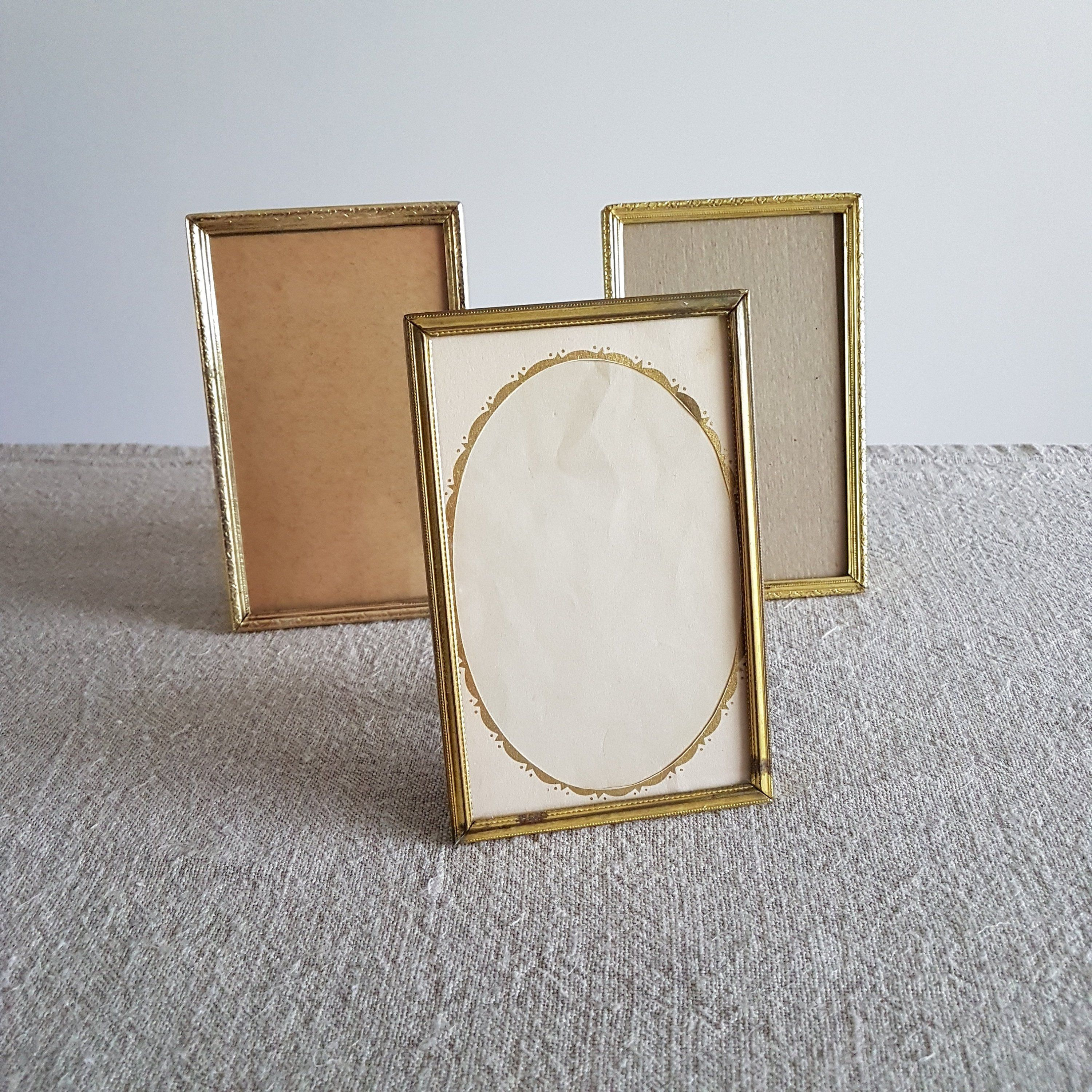 Set Of 3 Rustic 3 1 2 X 6 Gold Metal Picture Frames Photo Frames Wedding Sign Table Numbers Centerpiec Metal Picture Frames Antique Frames Wedding Frames