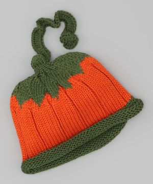 For keeping a growing gourd toasty during those cold and windy days at the patch. Made entirely of mercerized cotton—an enhanced, hardier yarn—this beanie keeps a little ones' head warm and cozy in playful style.
