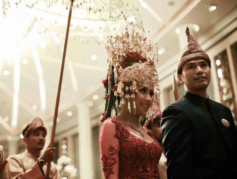 Bizarre muslim wedding rituals google search bride bizarre muslim wedding rituals google search junglespirit Choice Image