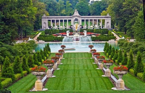 Nemours garden, Wilmington, DE located on the grounds of the A I ...
