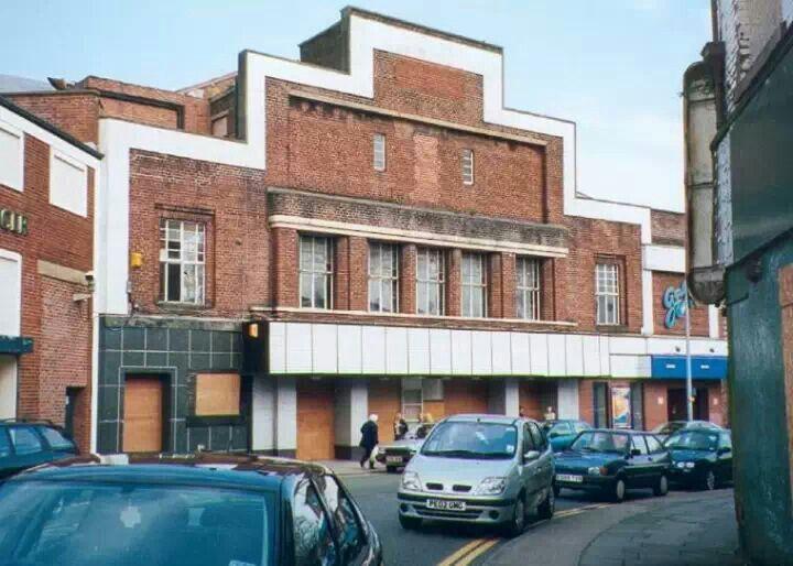 Devon Stone Black Feature Floor Tile 33x33cm In 2019: The Ritz Cinema Wigan