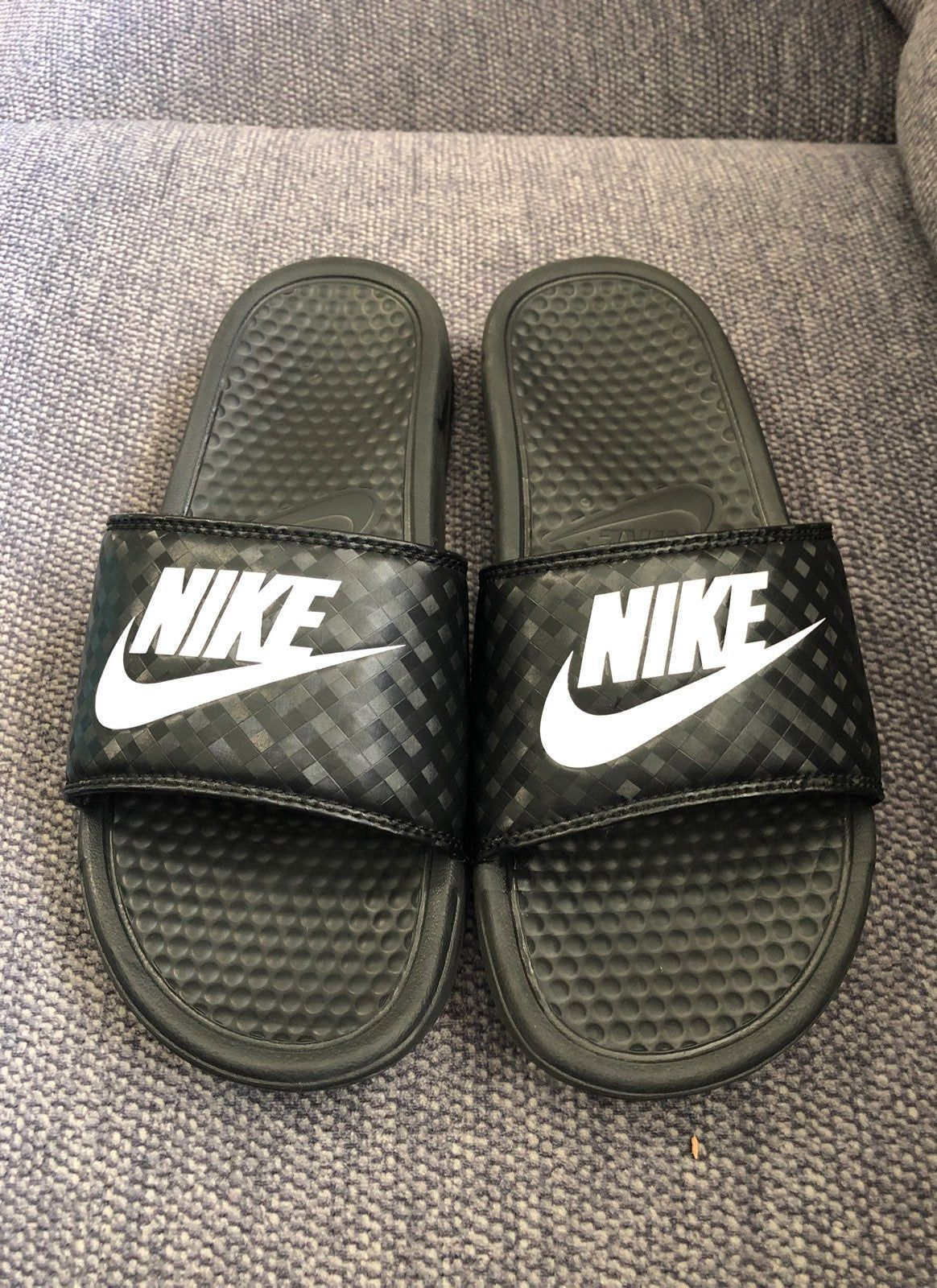 Gently used Nuke Slides. Size 8 womens Nike sandals