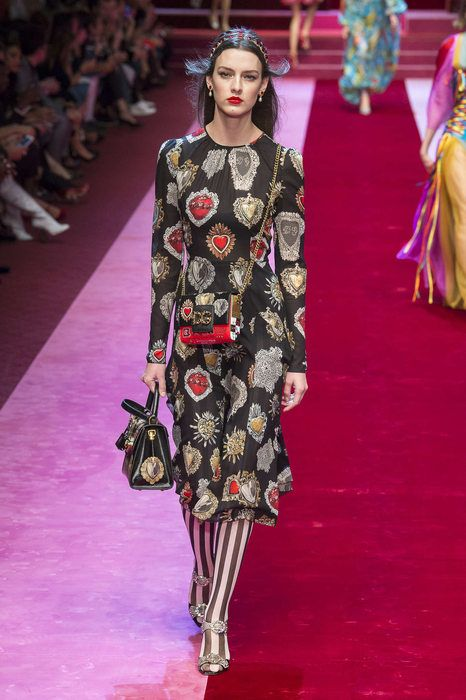 Dolce And Gabbana, Весна Лето 2018, Милан, Womenswear   мои любимые ... 38e3eddbc03