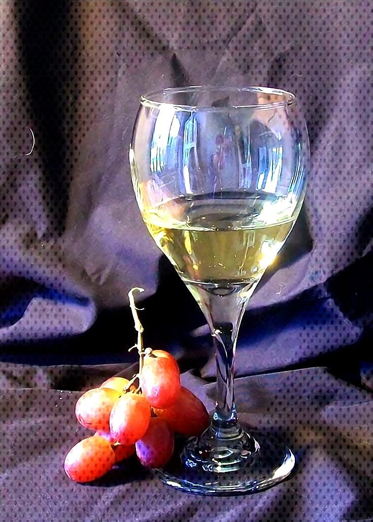 How to Paint a Wine Glass (or Any Clear Glass) Using Oil Paint