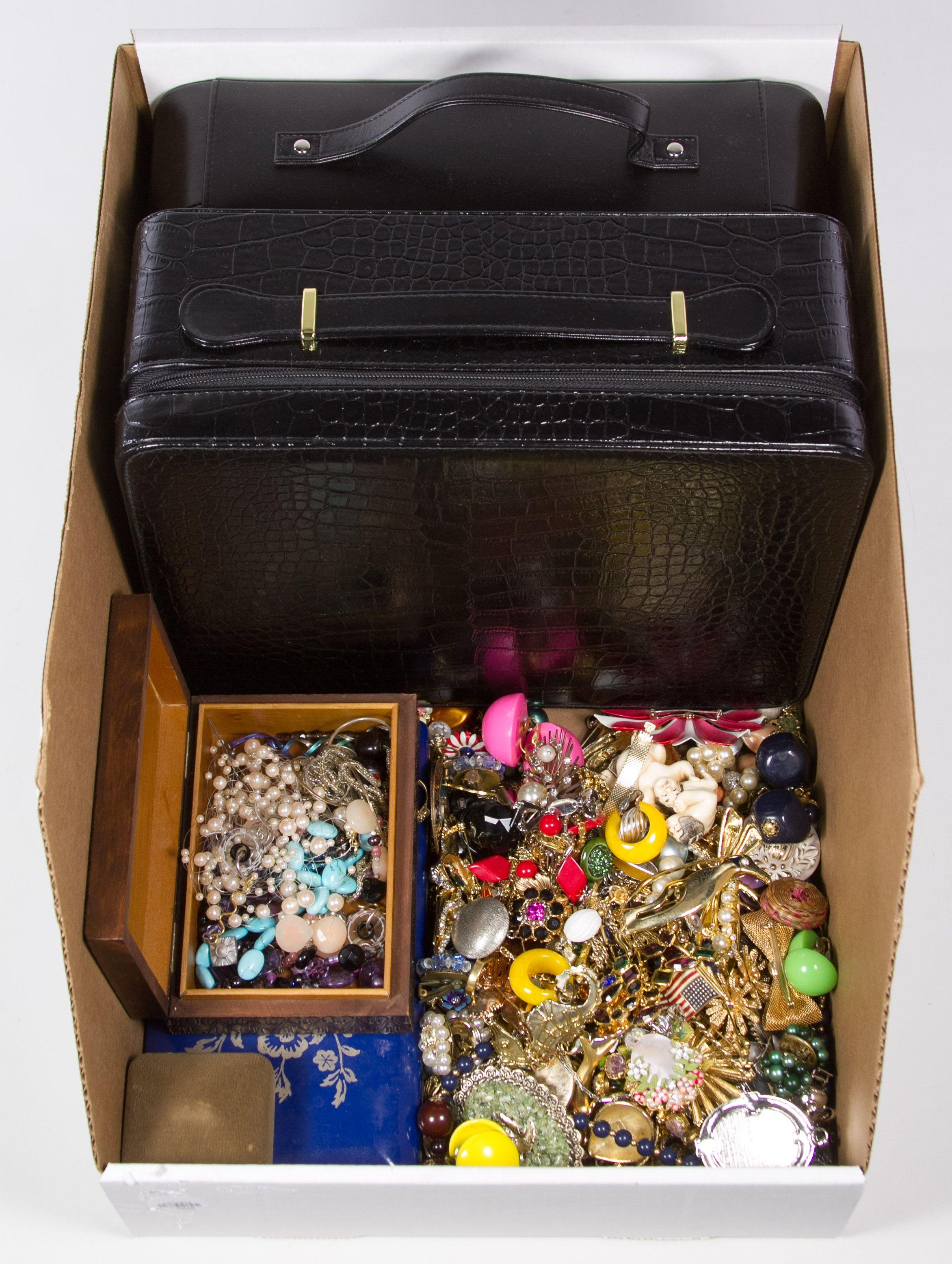 Costume Jewelry Assortment Costume jewelry, Jewelry