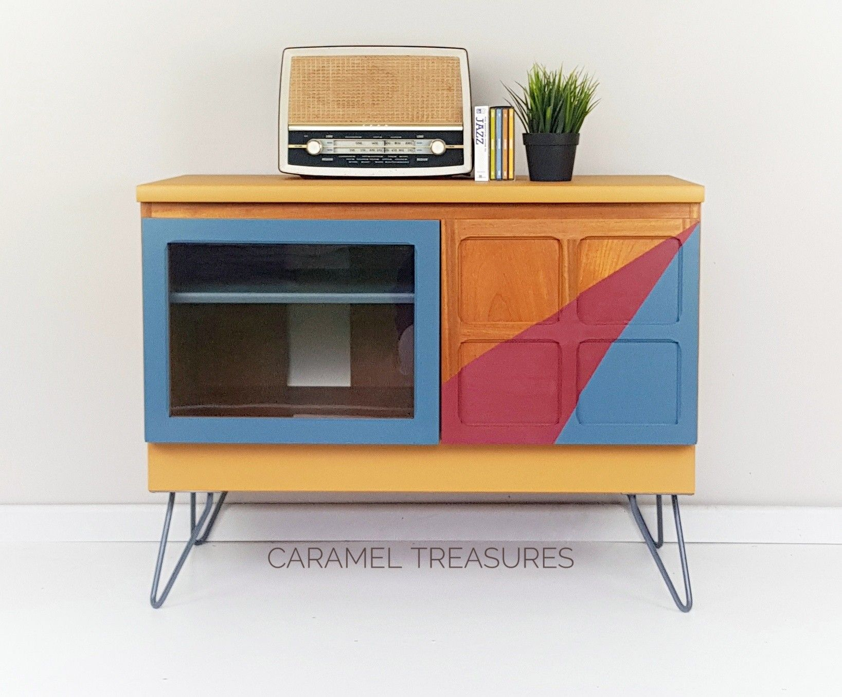 Retro Teak Mid Century Modern Tv Unit Transformed With Fusion Mineral Paint Mustard Cranberry A Colorful Furniture Retro Furniture Painted Furniture