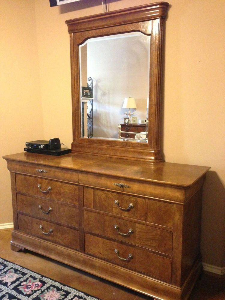 5 Pc National Mt Airy Fruitwood Bedroom Set