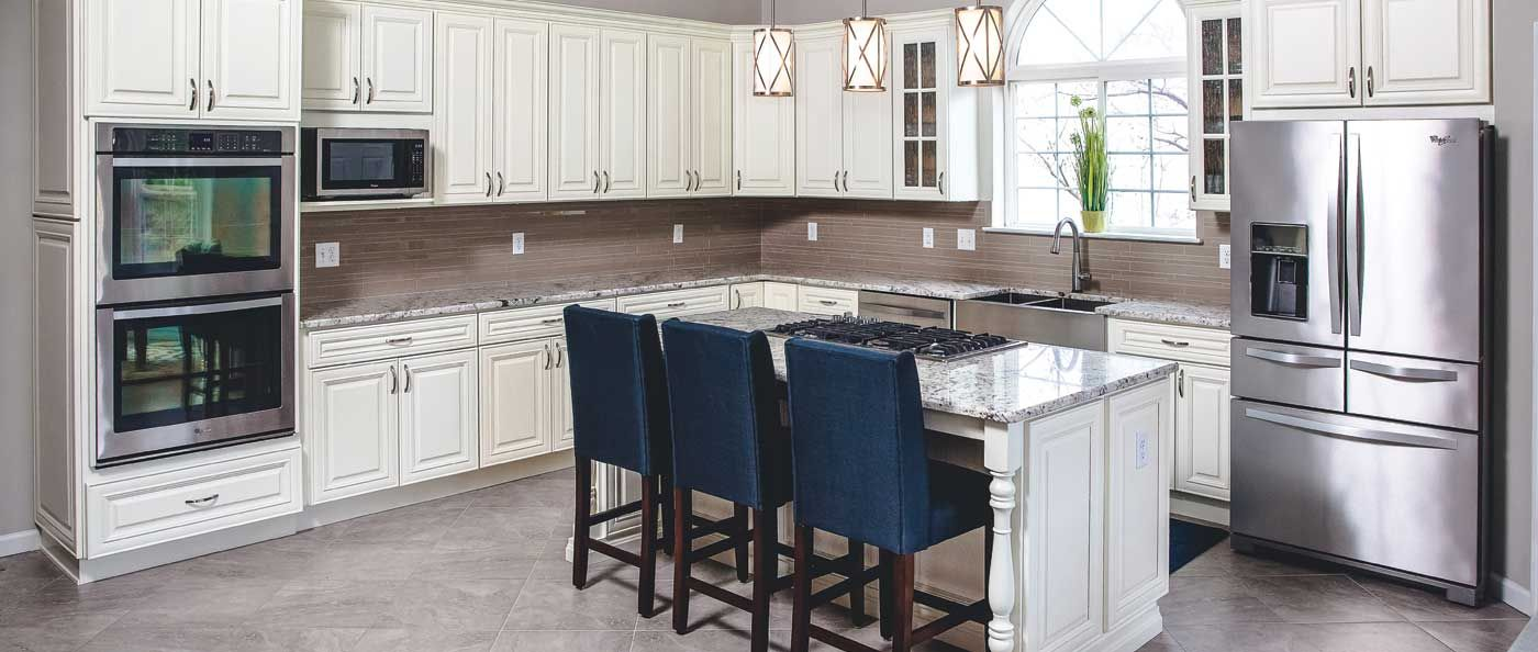 Premium Cabinets 1 Job Is To Make Our Customers Happy Come Meet With One Of Our Many L Kitchen Cabinet Outlet Kitchen Cabinet Styles Quality Kitchen Cabinets