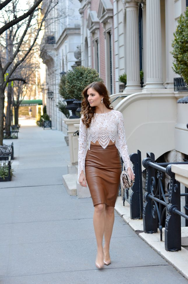 d2e2957543 Lara Caspari: Professional and Chic Fashion for Business Women |  #brown.leather.collection | Leather Skirt, Leather dresses, Fashion