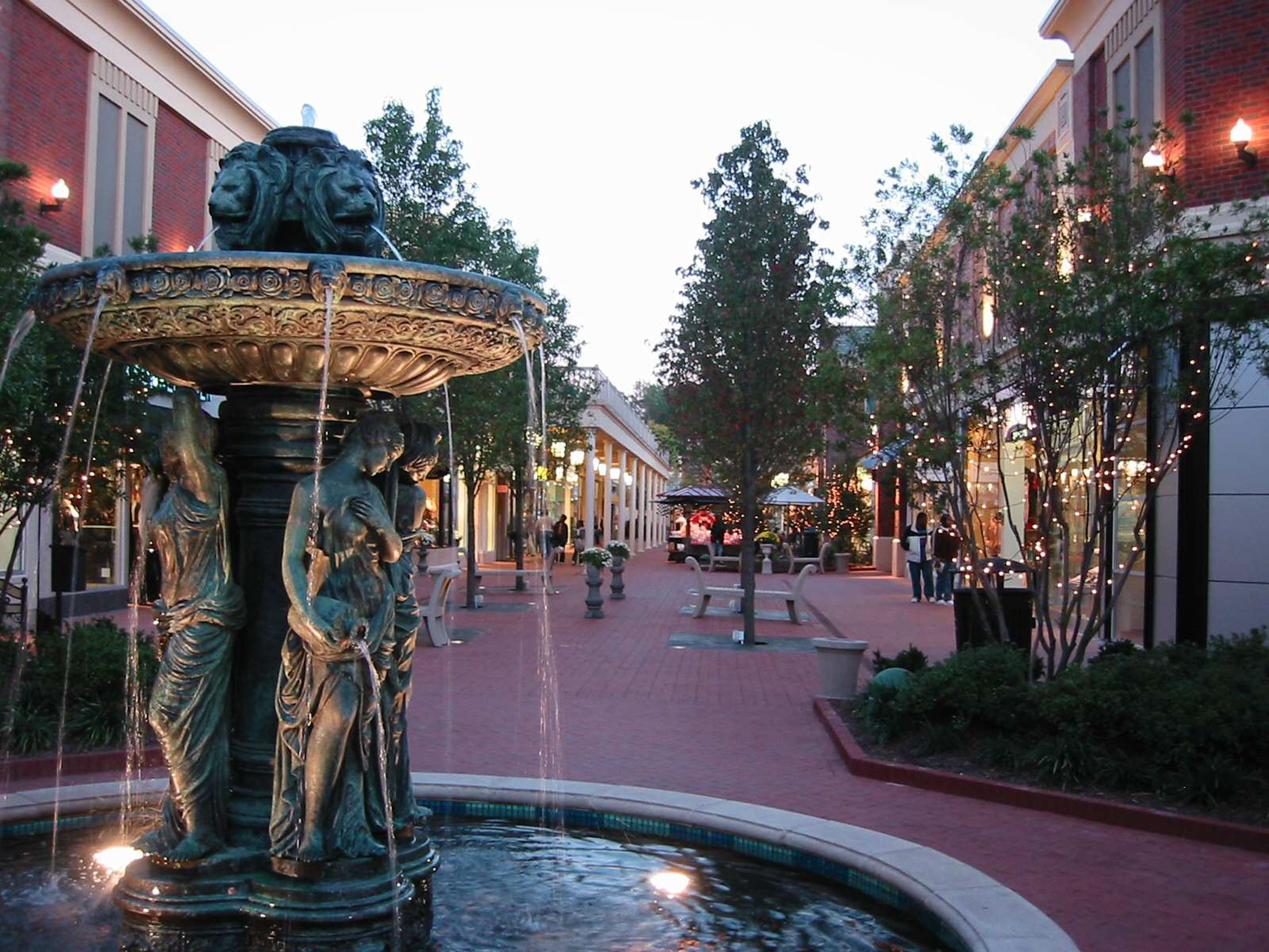 Greatscapes More Helped Stony Point Fashion Park Get Ready For