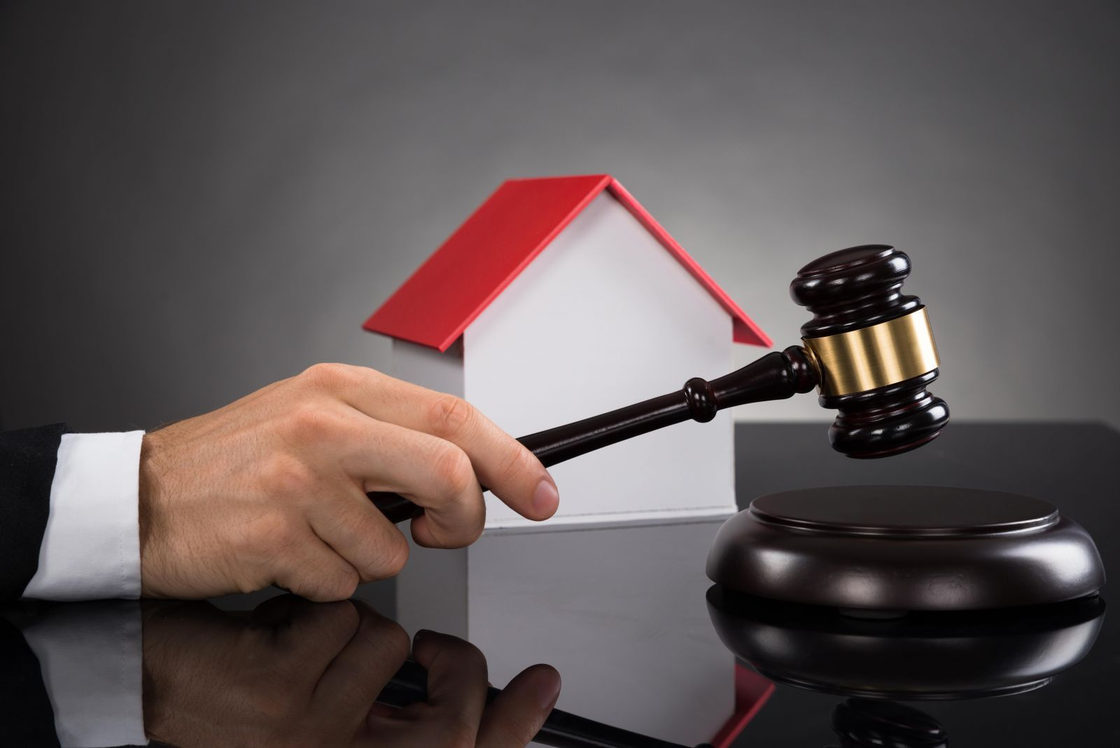 The Importance Of Hiring Property Lawyers For Commercial