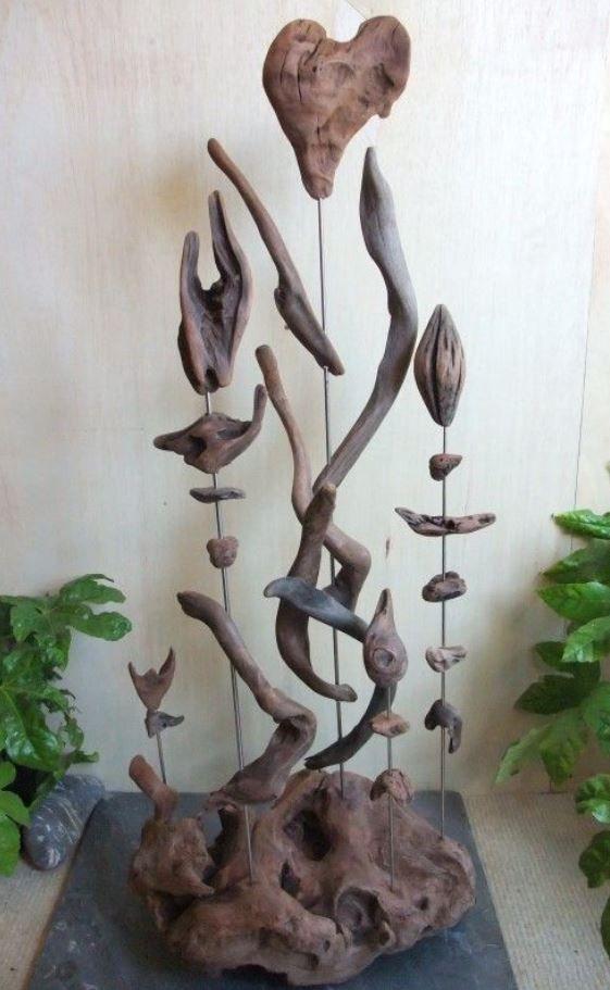 30 Creative Driftwood Decor Ideas