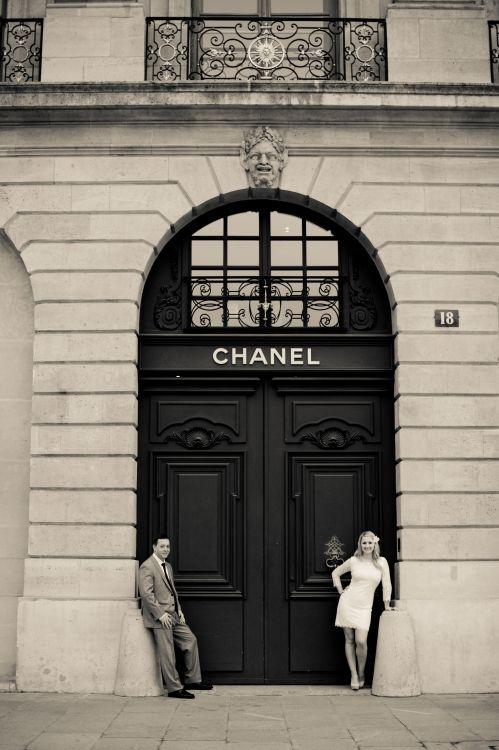 Paris honeymoon photo shoot by Juliane Berry Photography