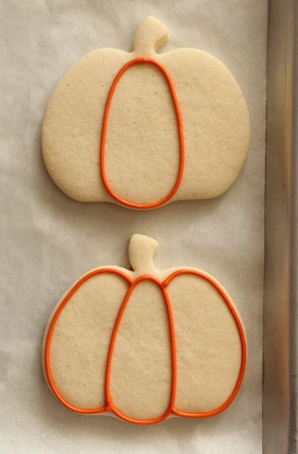 Decorated Pumpkin Cookies 1 Maybe shake orange sugar +/or chocolate - halloween pumpkin cookies decorating