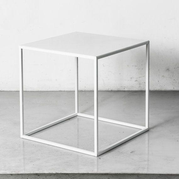 Mid Century Table Side Table Bedside Tables. door CraftsManhattan