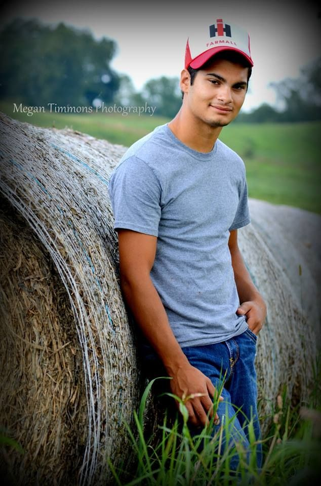 Country Senior Picture | Sweetness and Light Photography ...