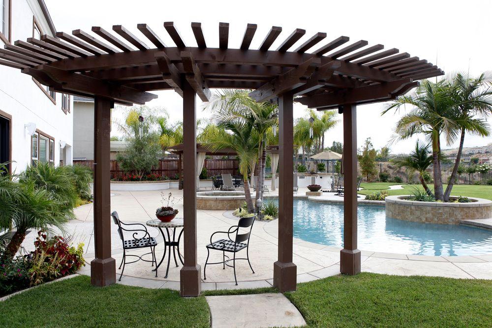 backyard-bbq-pool-spa-arbor.jpg