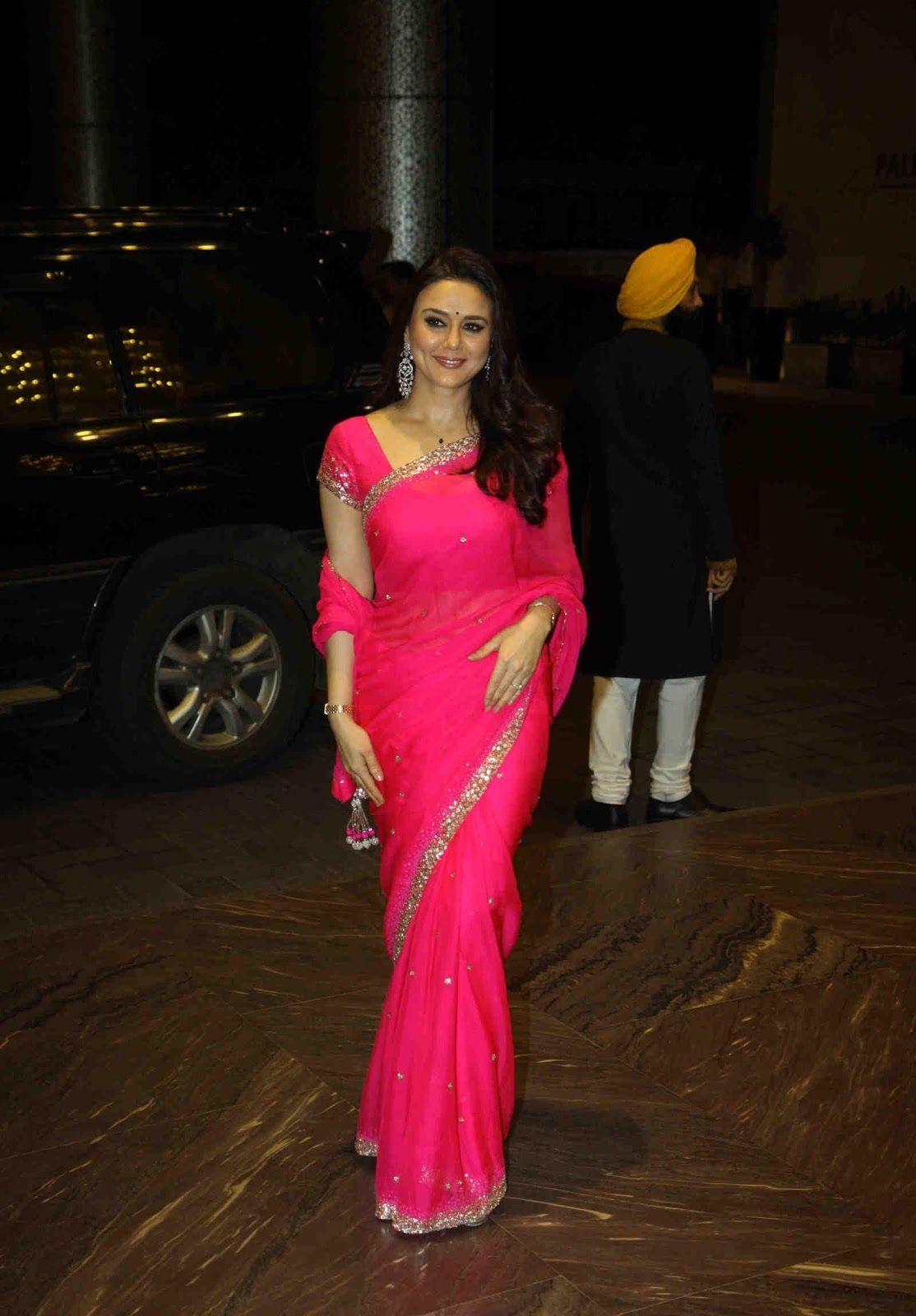 Bollywood Actress Gorgeous Dimple Girl Preity Zinta Full -3681
