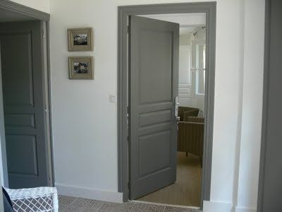 Paint doors and trim rich dark gray. Canu0027t find name of this color but itu0027s close to Chelsea Gray by Benjamin Moore. & Love this! Paint doors and trim rich dark gray. Canu0027t find name of ...