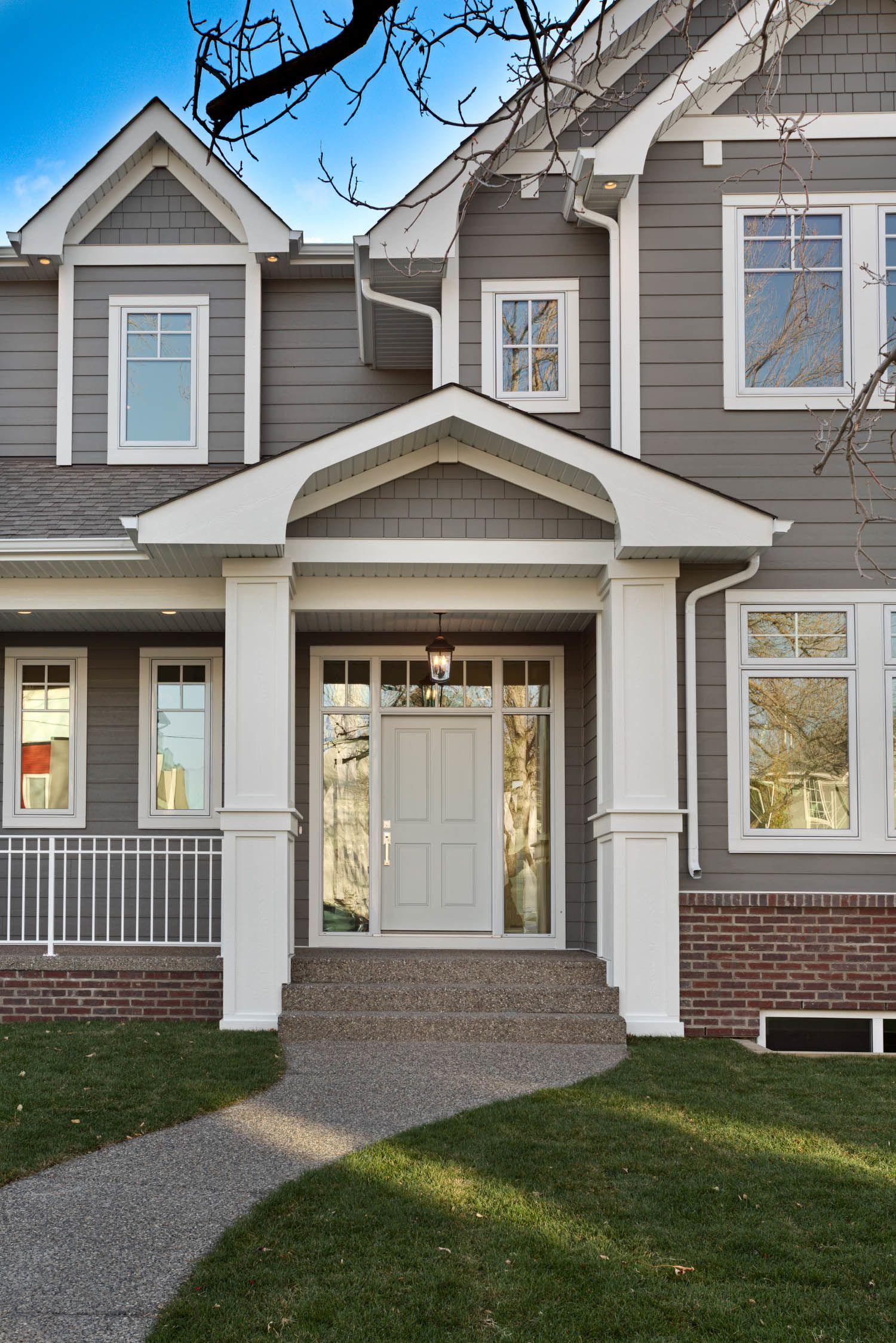 Regent Custom Exterior By Veranda Estate Homes Inc Estate Homes Custom Home Builders House Exterior