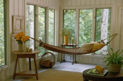I would love to read and nap here!