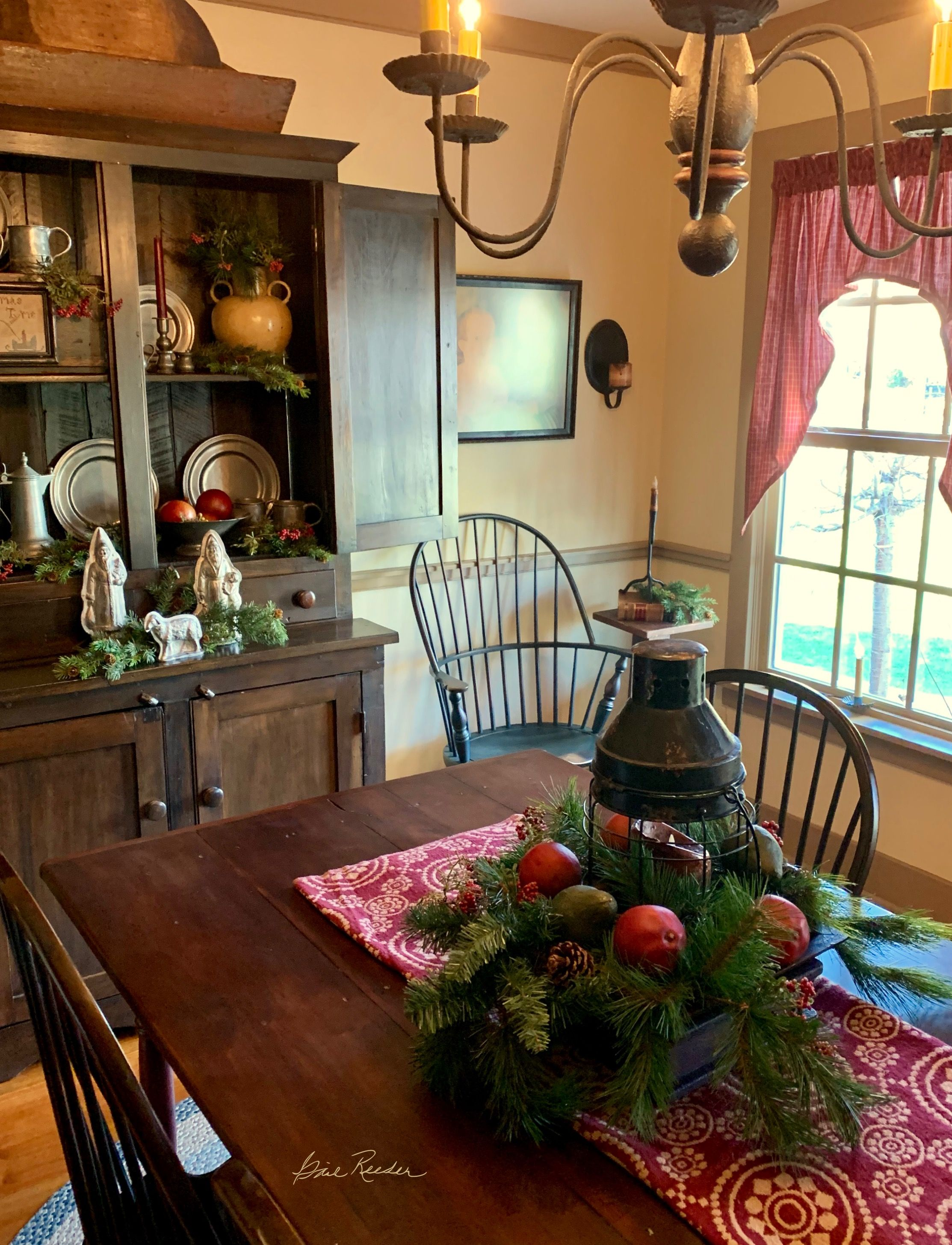 Tante S Fr Loves This Primitive Dining Rooms Primitive Dining Room Colonial Decor