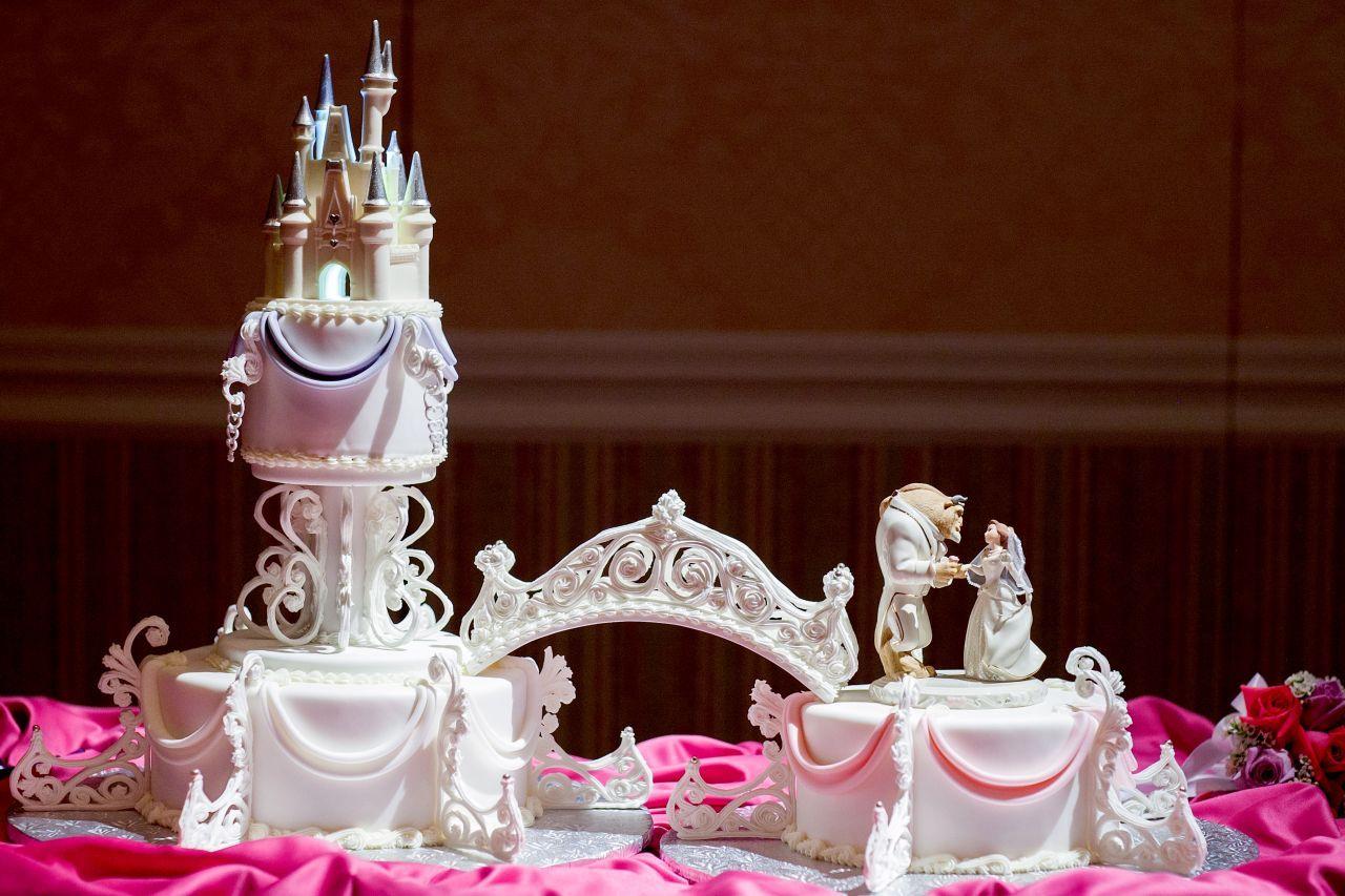 Beauty and the Beast Disney themed wedding cake Disney ...