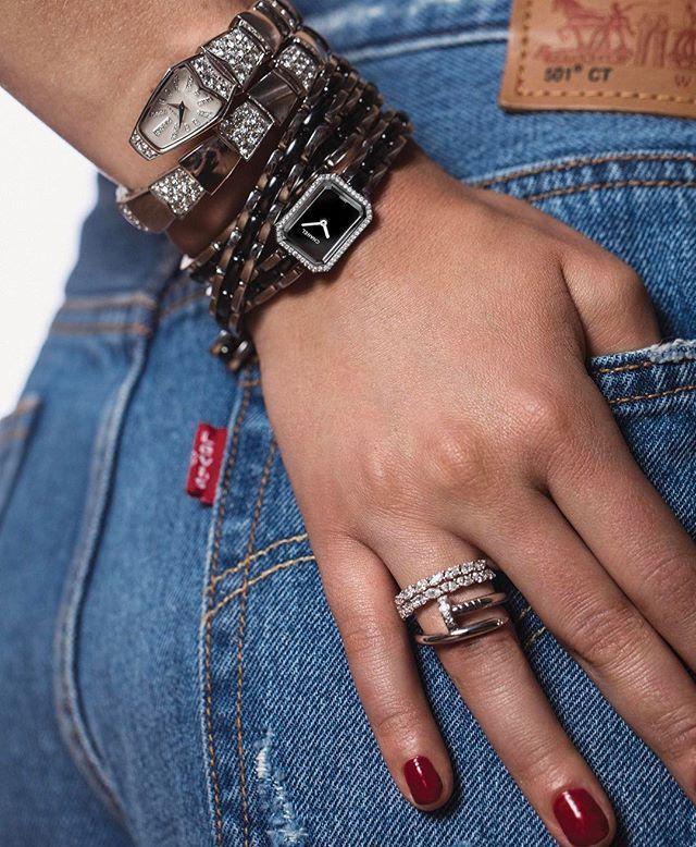 Entra al mundo de la Alta Relojería y Joyería de la mano de los diamantes zafiros y calibres más especiales de las nuevas colecciones. Fotografía: @kapturing. Supervisión: @marcbymarcs. Modelo: Helena para Wanted Model Management. Peinado y maquillaje: Adrián González. #HarpersBazaarMx #BazaarMx #ThinkingFashion  via HARPER'S BAZAAR MEXICO MAGAZINE OFFICIAL INSTAGRAM - Fashion Campaigns  Haute Couture  Advertising  Editorial Photography  Magazine Cover Designs  Supermodels  Runway Models