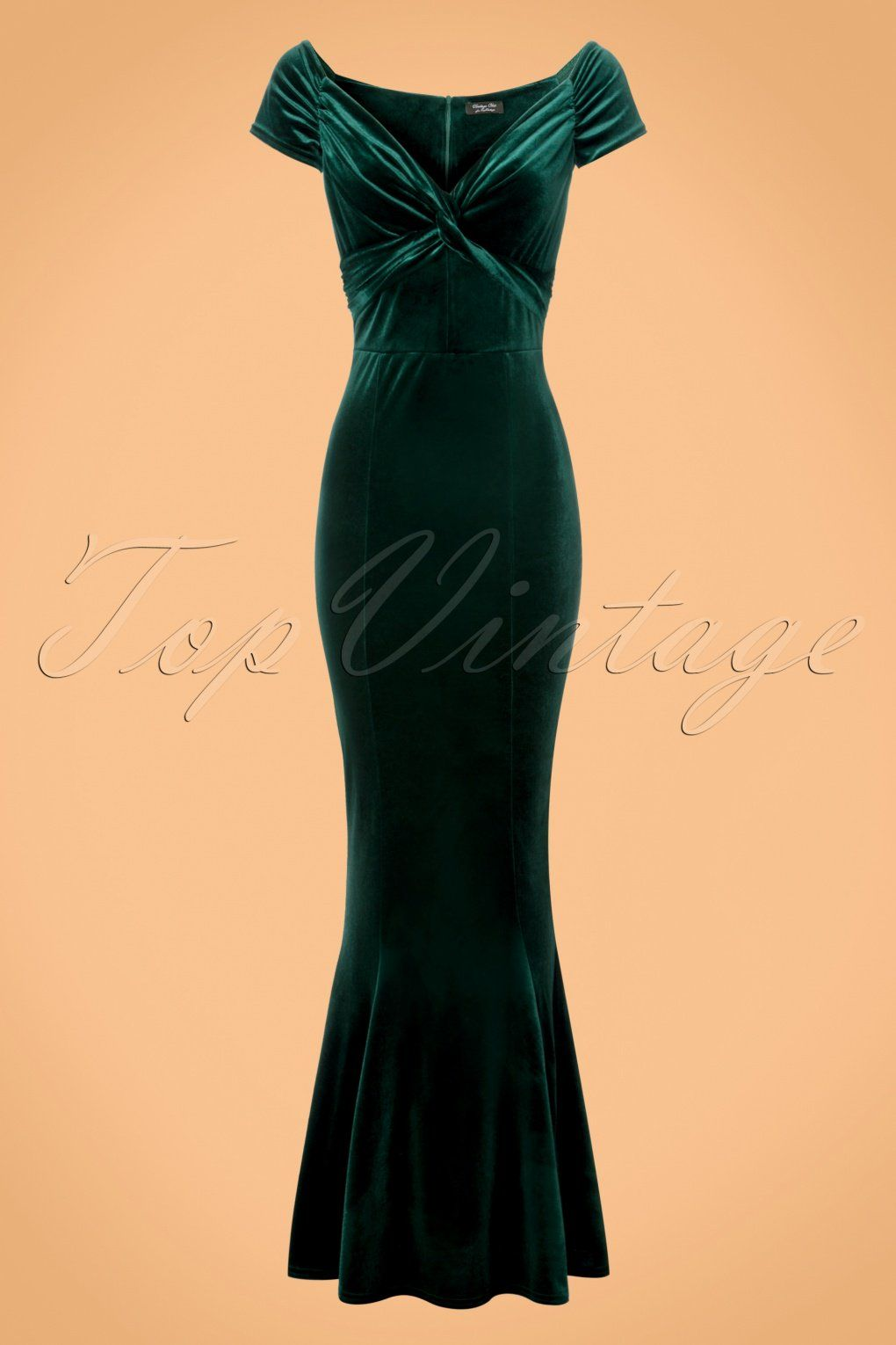 Let This 50s Glenda Velvet Maxi Dress In Green Hug Your Curves Who Is That Lady In Velvet You Of Cours Vintage Inspired Dresses Maxi Dress Green Dresses [ 1530 x 1020 Pixel ]