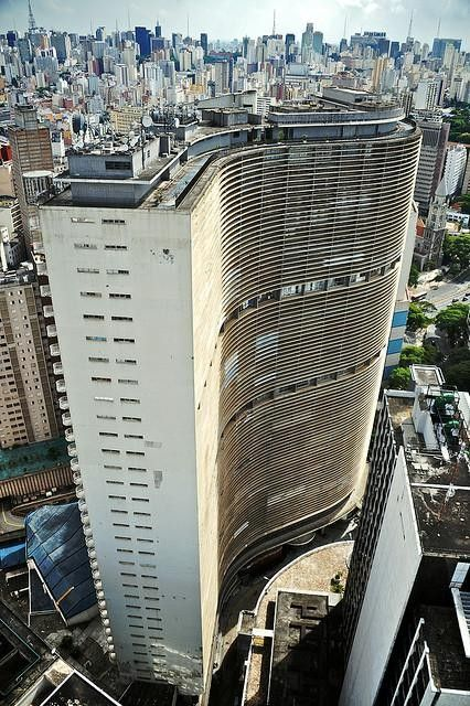 The S-shaped, 38-story Copan in downtown São Paulo features two Niemeyer trademarks: concrete and curves. http://yhoo.it/1iKl9L1