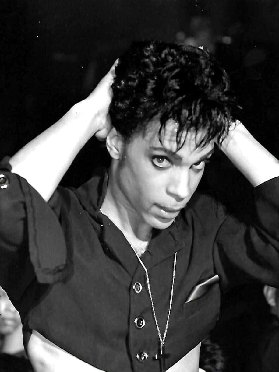 Accgoo Presents : Prince 40 Years in Pictures #hollywoodmen