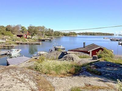 Cabanas Minimas y Rusticas sobre el Lago
