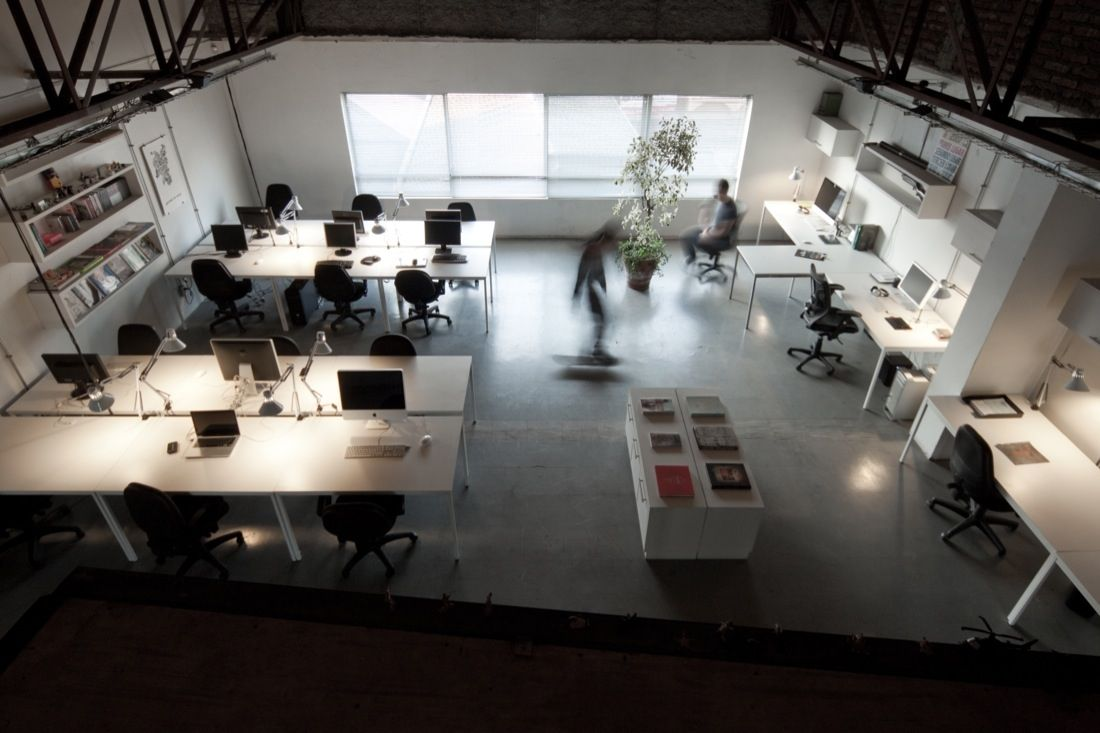Fancy modern industrial office design ideas with cheerful for Industrial office interior design