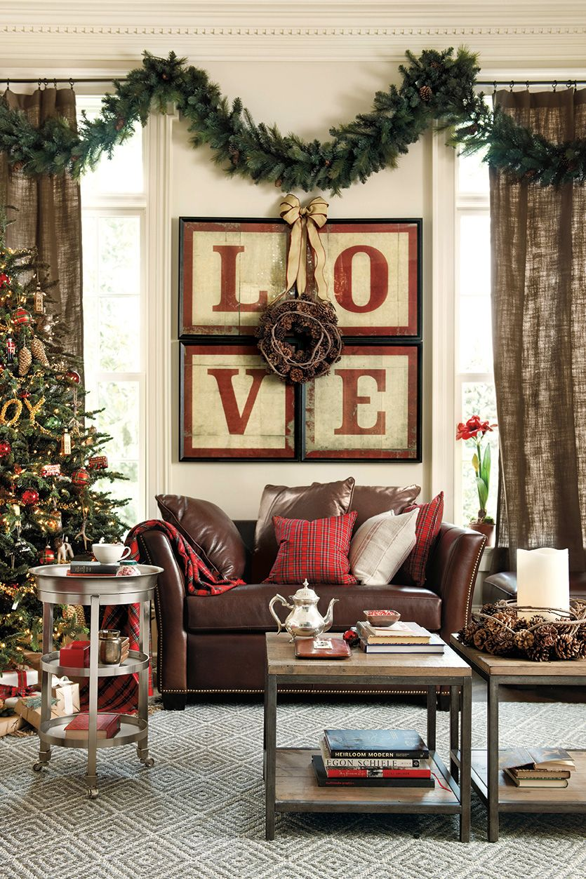 Red and green Christmas decor, isnt this great deco