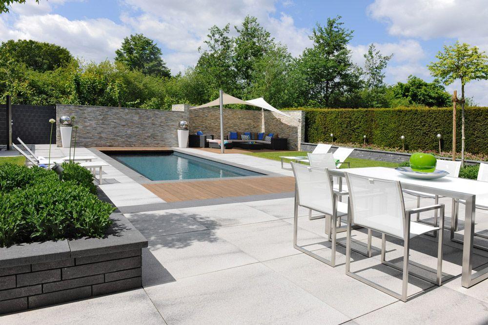 Die Terrasse erweitert im Sommer Ihren Wohnraum Mit der stilvollen - reihenhausgarten und pool