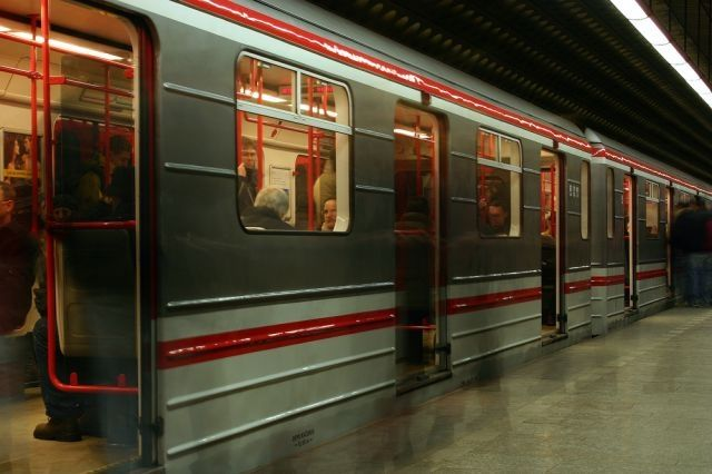 The Prague Love Train, which will promote a laissez-faire approach rather than strict speed-dating rules, is due to launch at the end of the year.